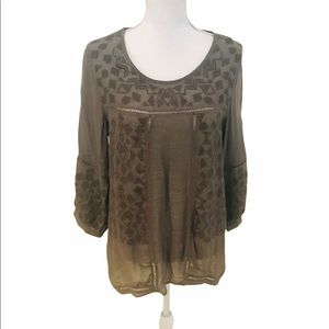 NWT Monoreno olive embroidered blouson blouse